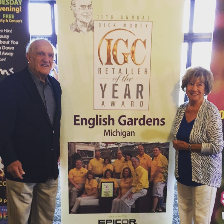 English Gardens Receives National Retailer Of The Year Award A2y Chamber Ann Arbor